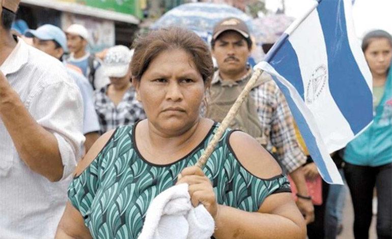 """A Nicaragua no podemos volver ni muertos"", denuncia campesina desplazada"
