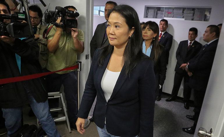 """Keiko Fujimori acepta dialogar con el presidente de Perú """"sin condiciones"""""""