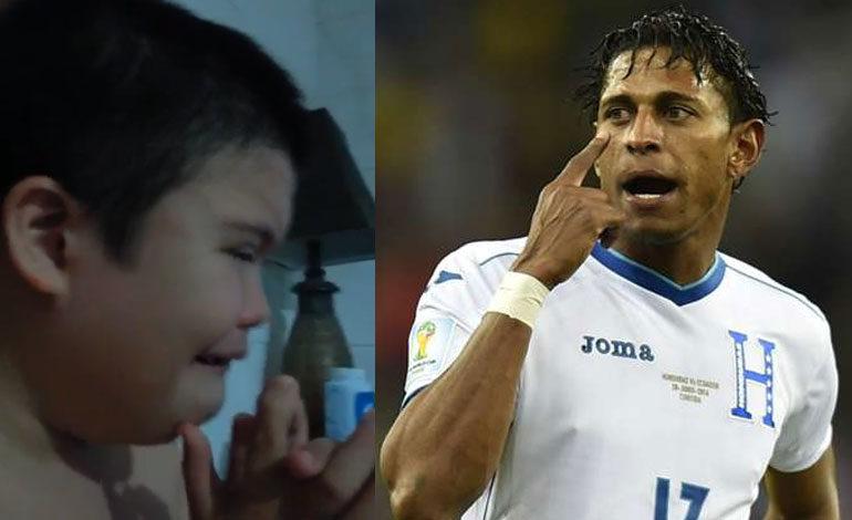 Niño ceibeño llora porque no convocaron a Costly a la selección de Honduras