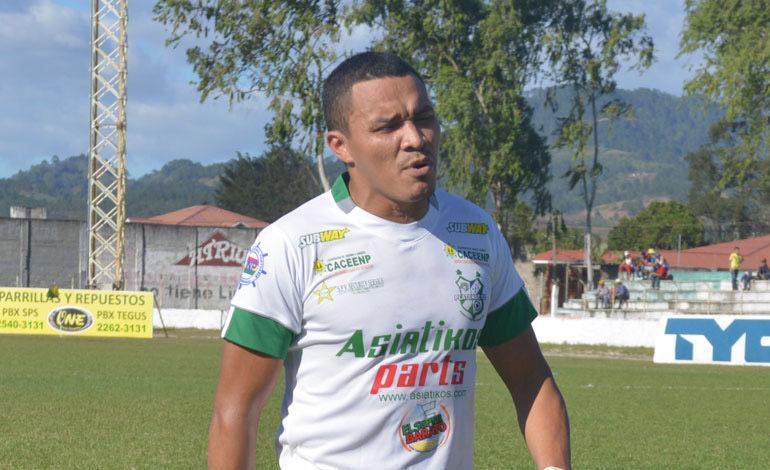 "Platense aclara salida de ""Rambo"" León"