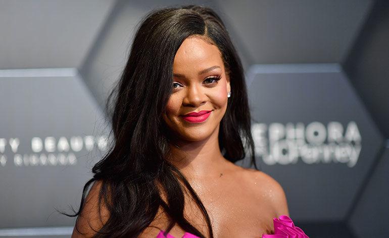 Rihanna anima a sus fans a votar en las legislativas de EEUU