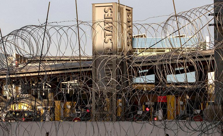 Juez bloquea decreto que restringe asilo