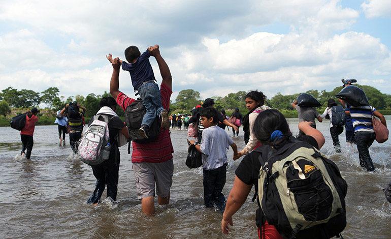 """Ombudsman hondureño: """"ciudades de carpas"""" atacarían dignidad de de migrantes"""
