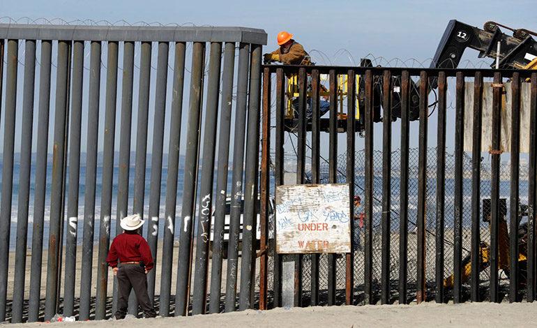 Migrantes hondureños dicen que no se sienten bienvenidos en Tijuana