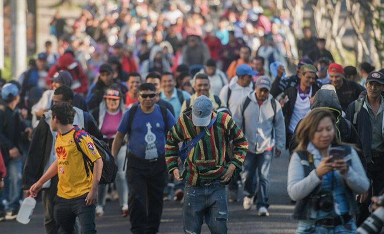 Nuevo grupo de migrantes salvadoreños emprende ruta hacia EE UU
