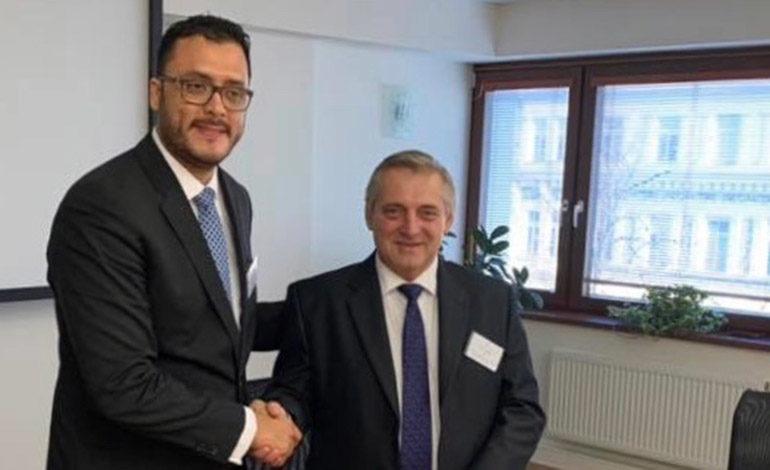 Intercambiarán las lecciones sobre competencia con República Checa