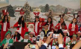Alumnos de La Estancia School celebran la Navidad  (Video y galería)