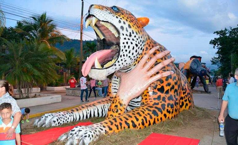 """Patrimonio nacional """"El Paseo de las Chimeneas Gigantes"""""""