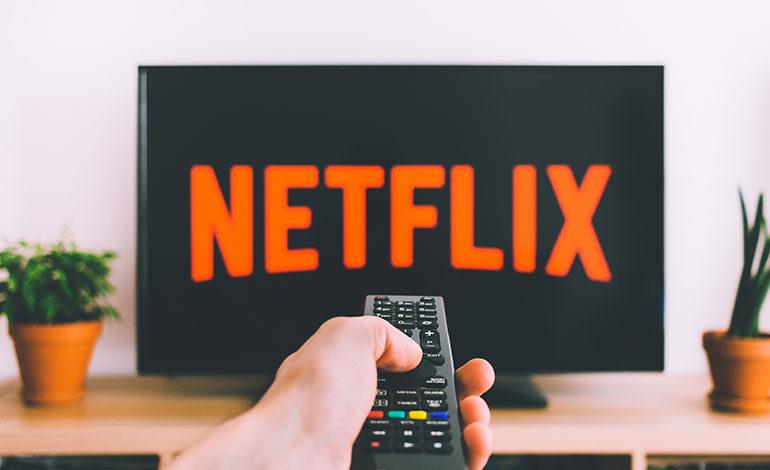 """Netflix da vía libre a una segunda temporada de """"Narcos: México"""""""