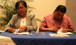 Subscriben V contrato colectivo en Injupemp