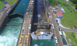 China y Panamá discuten construcción de puentes y líneas férreas