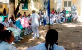 Enfermeras auxiliares a asambleas informativas