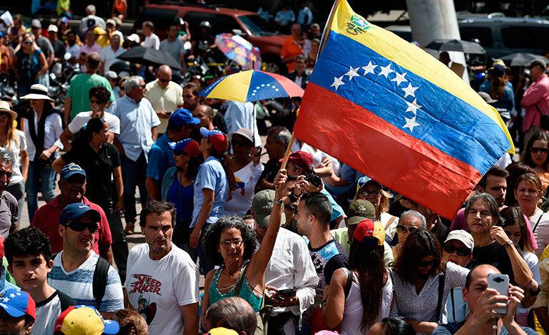 EEUU busca votación en ONU para nueva elección en Venezuela