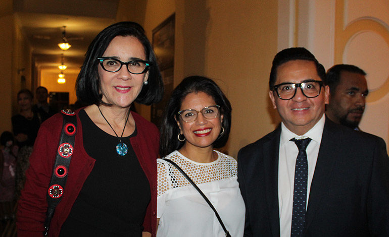 Mandy Bermudez, Carolina Galeano, Miguel Chong.