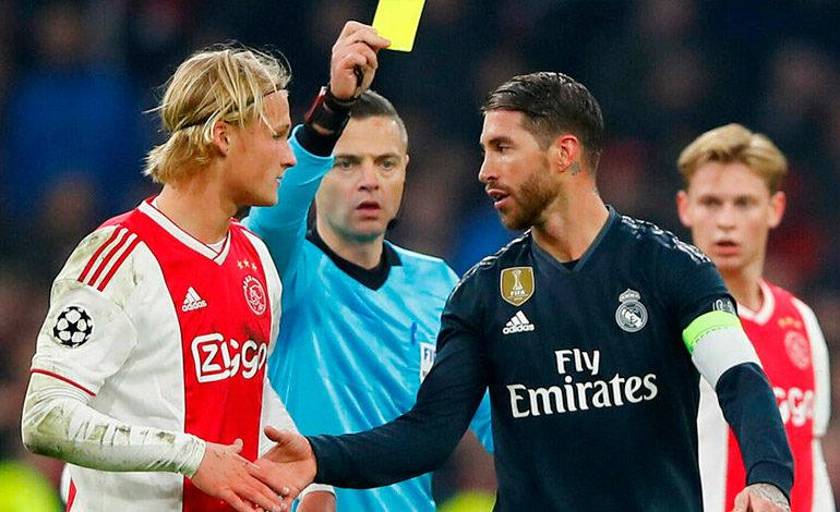 UEFA sanciona con dos partidos a Ramos por forzar amarilla ante el Ajax