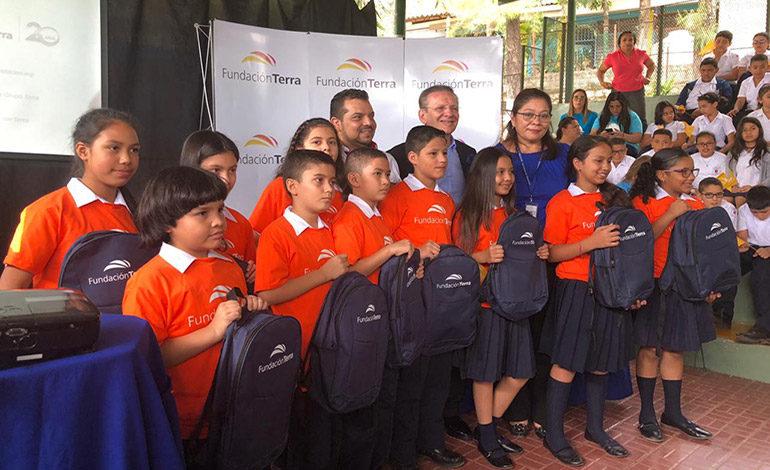 Más de 12,500 alumnos reciben respaldo educativo a través del programa Becas Tutoría