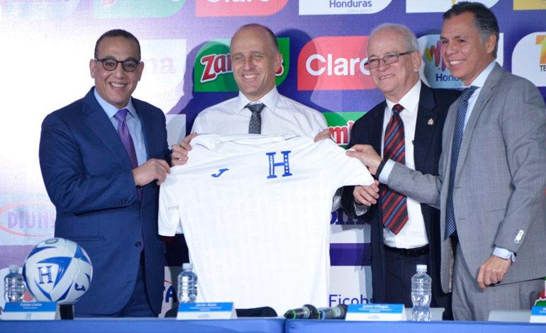 """Fabián Coito: """"Dirigir a Honduras es un desafío hermoso"""""""