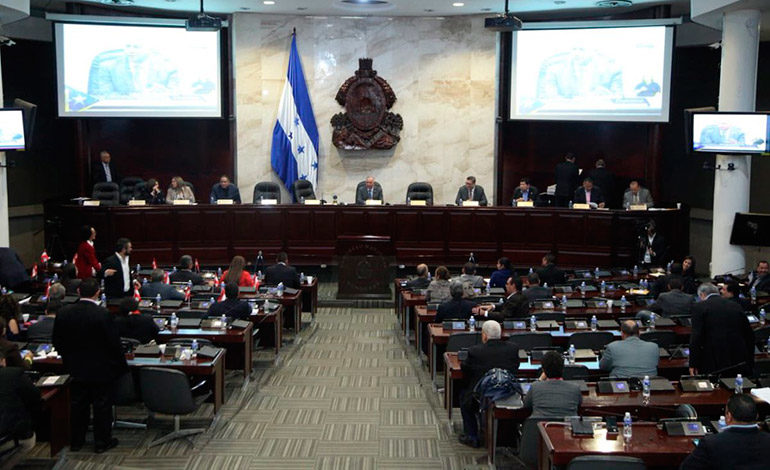 Congreso inicia este martes audiencias para elegir superintendentes de Alianza Público Privada