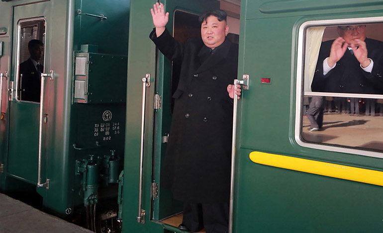 Presidente norcoreano viaja a Vietnam para cumbre con Trump