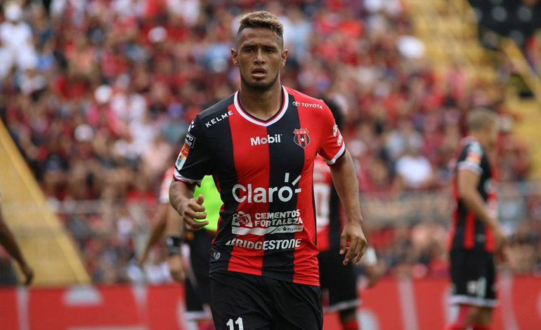López golea en triunfo de Alajuela