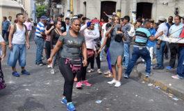 """Sin """"pisto"""" vendedores al ser desalojados del centro el Día del Amor"""