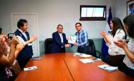 """Autoridades de Intibucá entregan a Gobernación el """"Libro de la Vida Territorial"""""""