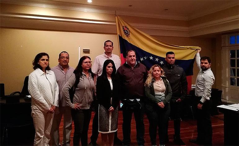 Diplomática designada por Guaidó toma posesión de sede embajada en Costa Rica