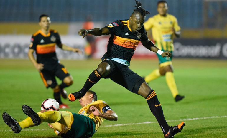Dynamo y sus hondureños avanzan en la Liga de Campeones de la Concacaf