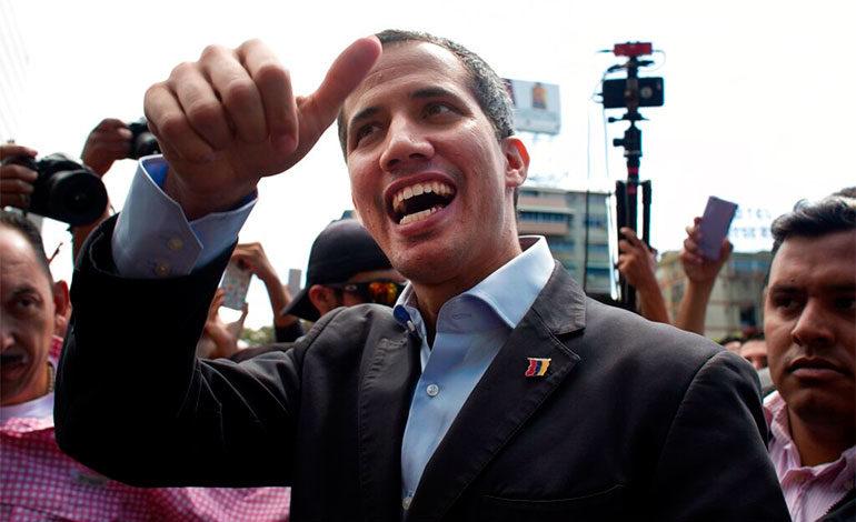 Guaidó llama a movilizaciones para exigir entrada de ayuda
