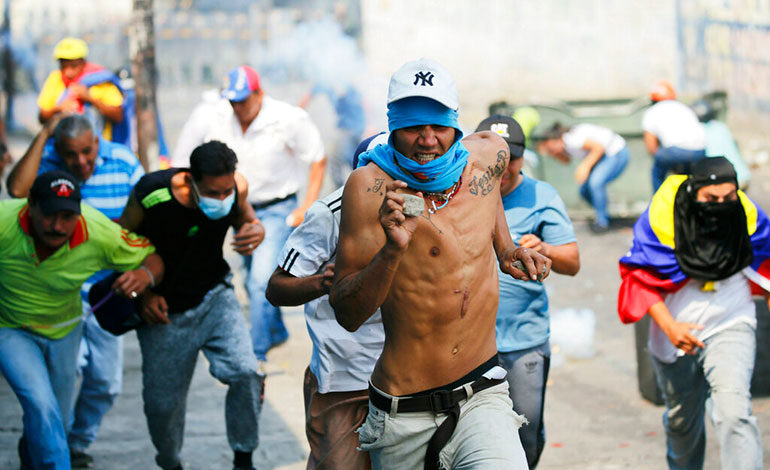 Nuevos disturbios en el principal puente fronterizo entre Venezuela y Colombia