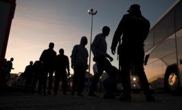 Detienen a migrantes hondureños en una redada en hoteles de Tapachula, México