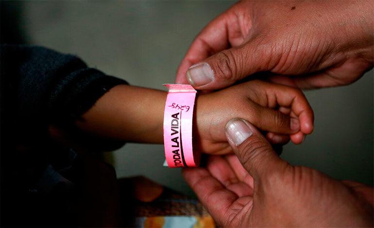 EEUU envía 112 migrantes de regreso a México