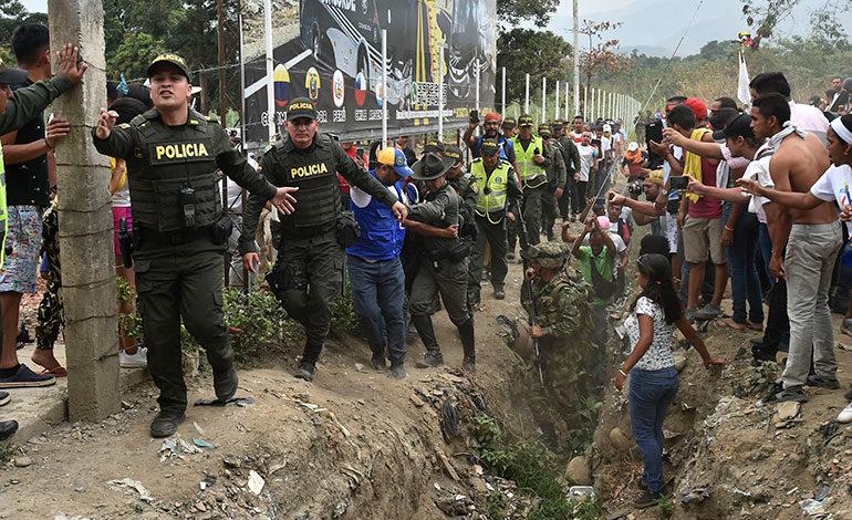 Más de medio millar de desertores de fuerza armada venezolana han llegado a Colombia