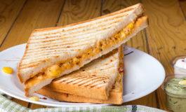 Sándwich de pollo y piña, rico y rápido de preparar