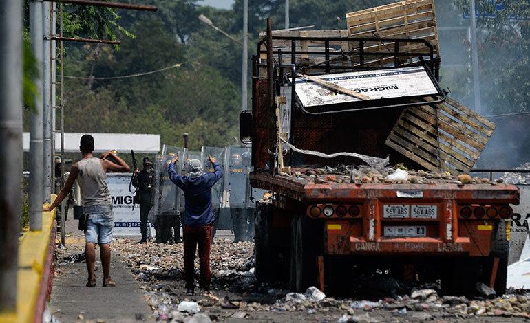EEUU sanciona a cuatro gobernadores estatales venezolanos por bloquear ayuda