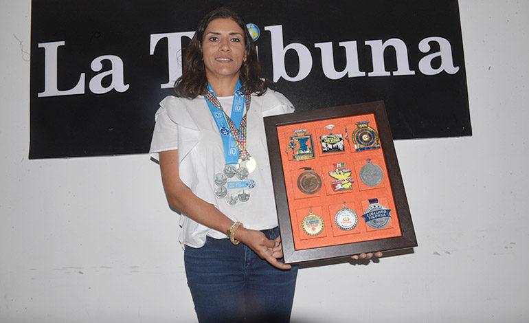 Nicole Bondy: Primera mujer con medalla universal