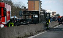 """Italia dará la nacionalidad a joven """"héroe"""" que alertó del bus secuestrado"""