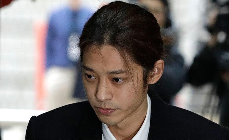 Arrestan a astro K-pop Jung Joon-young por videos sexuales
