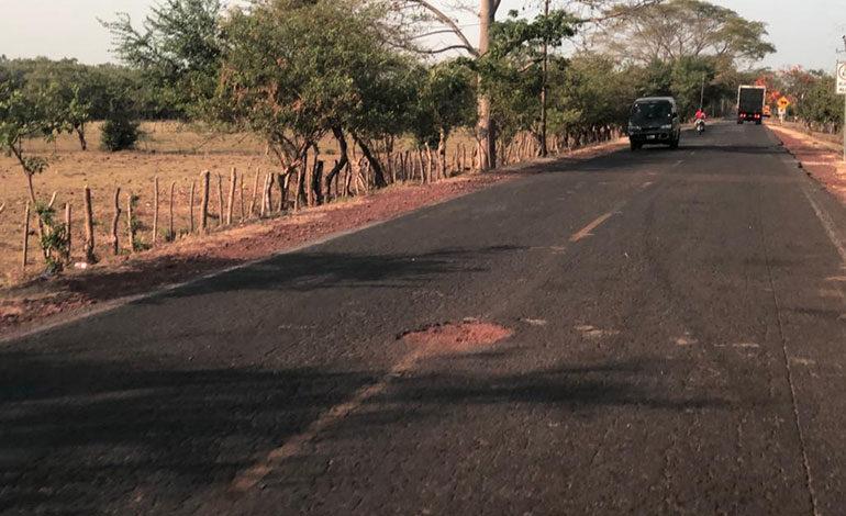 Urgen mantenimiento de carretera hacia Coyolito en la zona sur