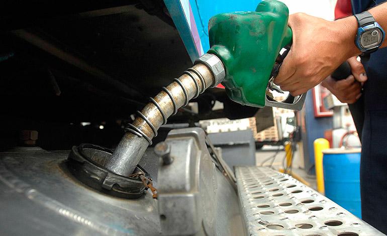 Galón de gasolina superaría los 97 lempiras a partir del lunes