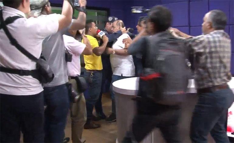 Se respetaron garantías constitucionales en captura de David Romero, dice la policía