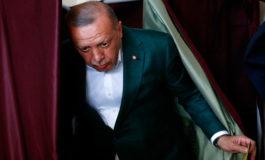 Partido de gobierno adelante en elecciones en Turquía