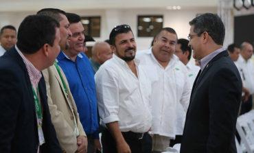 Presidente Hernández a Alcaldes: Seguridad genera inversión, empleo y oportunidades de ingreso para la gente