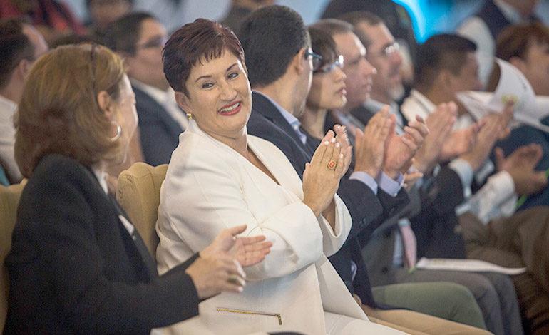 Exfiscal y candidata presidencial no regresará a Guatemala