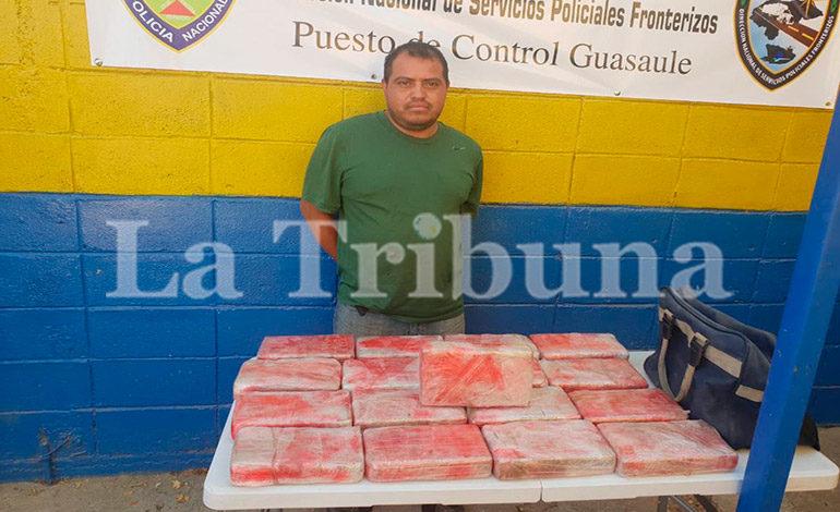 Cae guatemalteco con unos 17 kilos de cocaína en Choluteca