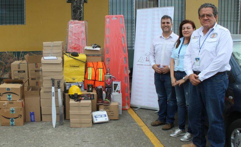 Cervecería Hondureña dona equipo para combatir incendios forestales