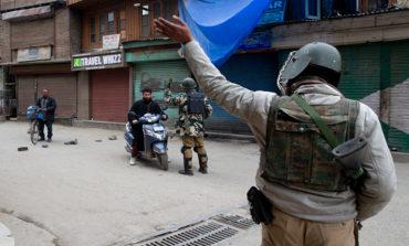 India y Pakistán pelean de nuevo, pese a entrega de piloto
