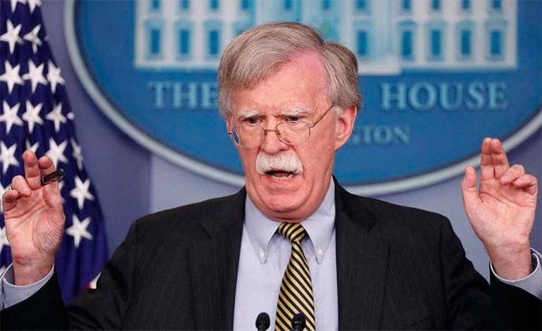 """""""No estamos jugando"""", le advierte Bolton a Maduro"""