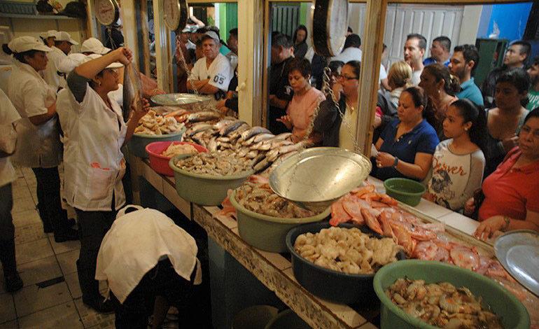 Con ferias enfrentarán alzas en el precio de los mariscos