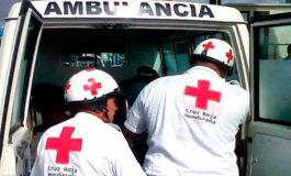 10 heridos al volcar auto en Moramulca